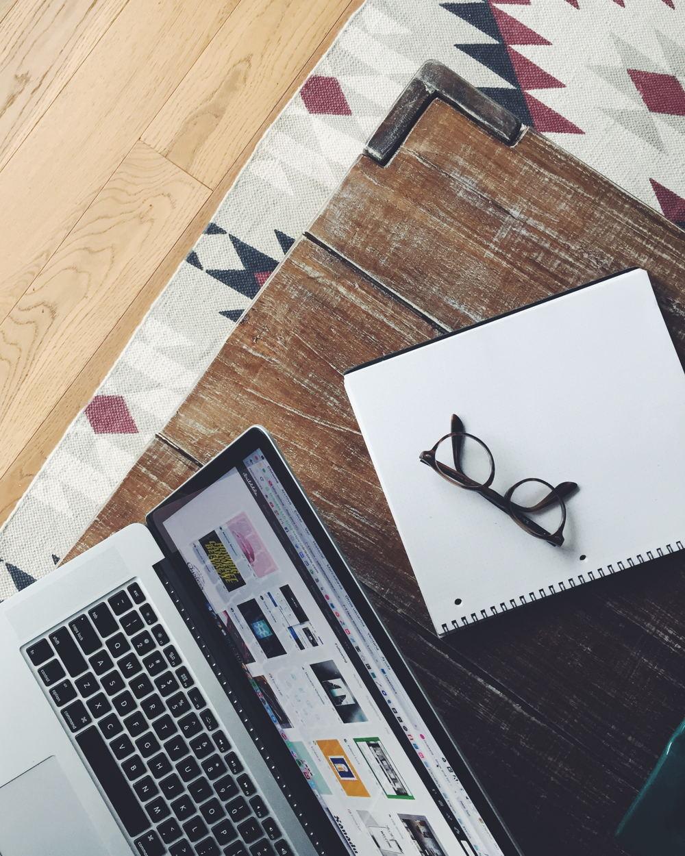 notitieboeken bedrukken voorbeeld laptop